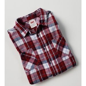 NEW  Levi's Flannel Casual Button-down Shirt  XL